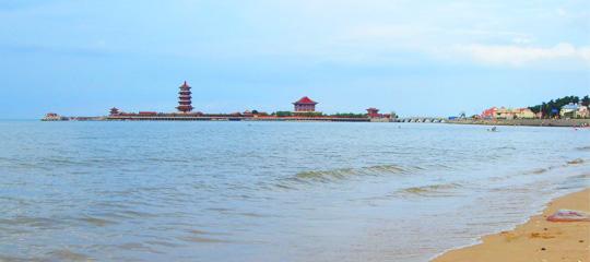 上海到蓬莱旅游景点介绍:蓬莱阁,蓬莱海洋极地世界,八仙渡海口等.